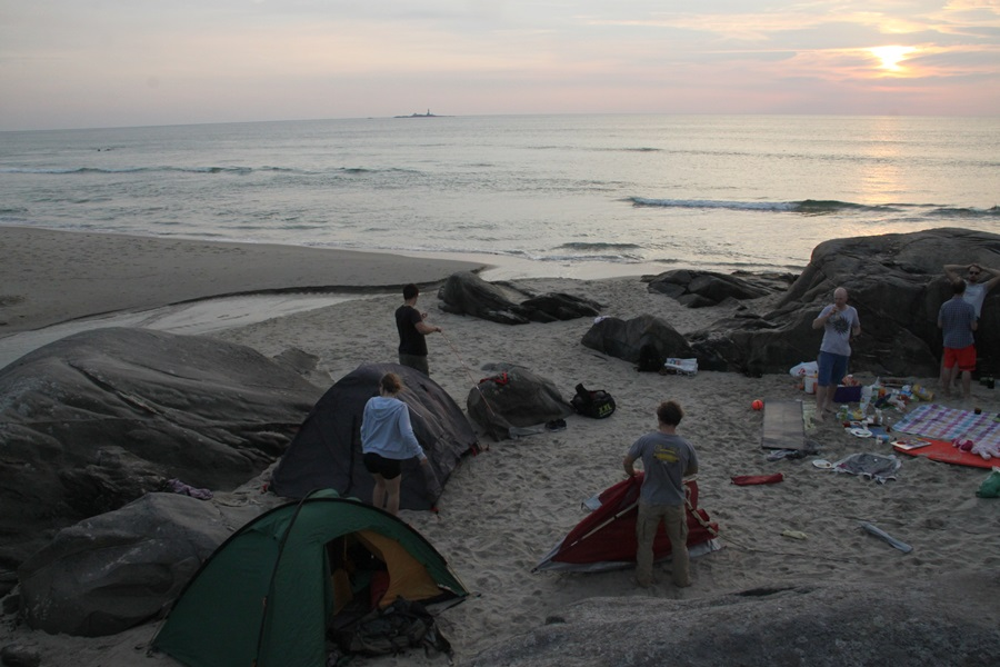 rozbijanie namiotów