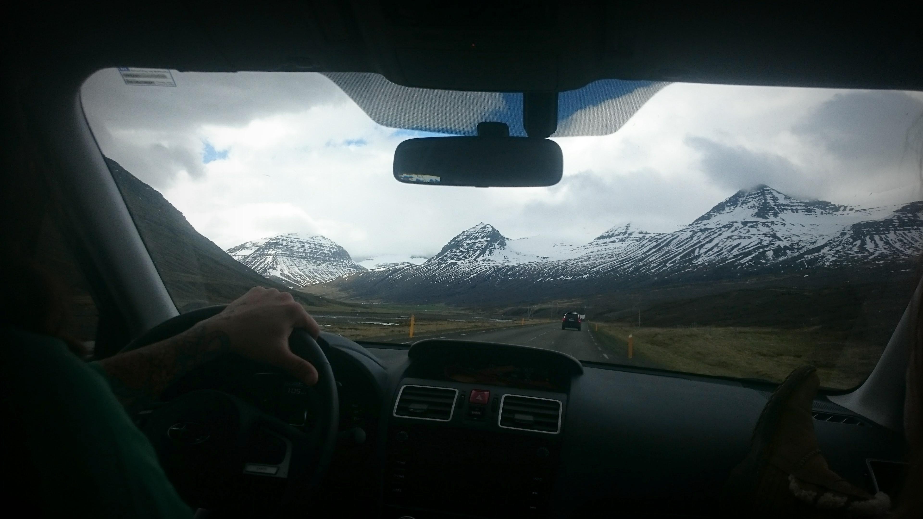 stopem przez Islandie