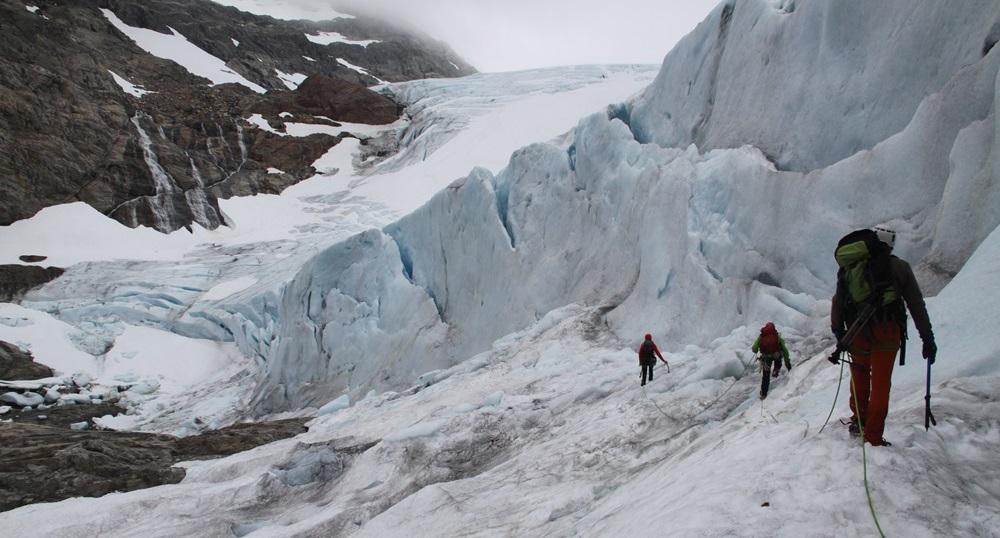 bo gubię kontrol po braku wrażeń i smaku zła – wypad na lodowiec Folgefonna