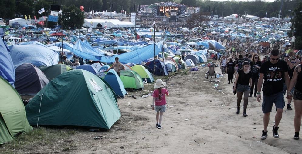 a teraz jestem tu, ludzi tłum, a myśli takie dziwne – Przystanek Woodstock z przedszkolakiem