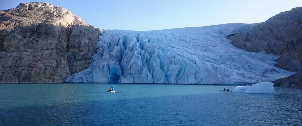 mimo to płynę swym traktem i pozostaje sobą – wiosłując na lodowiec Folgefonna